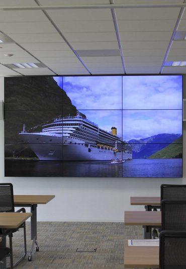 's Werelds grootste trainingscentrum voor cruiseschepen in de polder