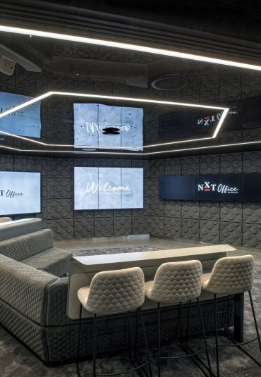 Oblong technology revolutionises the client experience at JLL