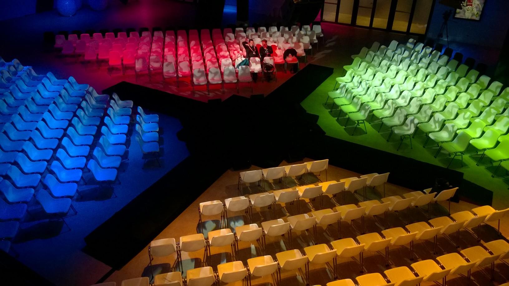 Amsterdam Arena, Microsoft, Starlive