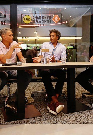 KNVB opent centrum voor video-arbitrage