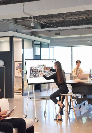 Ongelimiteerd samenwerken met Surface Hub 2S