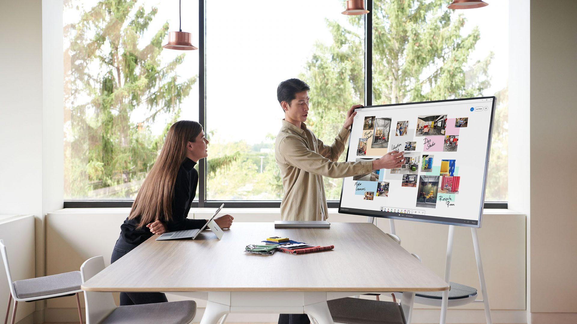 Microsoft Surface Hub 2 V2