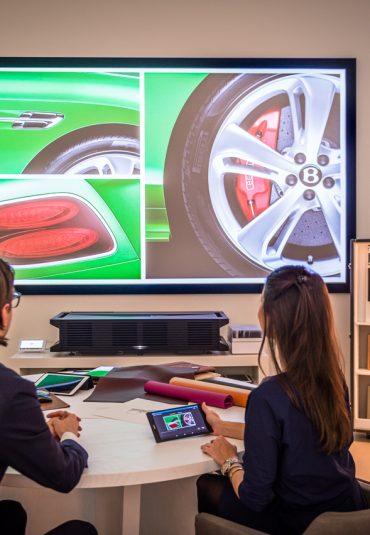 Nieuwe showroom Bentley