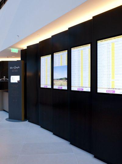 Hilton Airport Schiphol Lobby Sentido 9-2